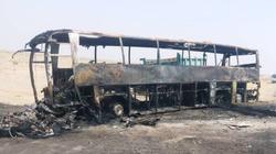اولین تصاویر هوایی از تصادف پژو حامل سوخت با اتوبوس در جاده ایرانشهر-بم +فیلم