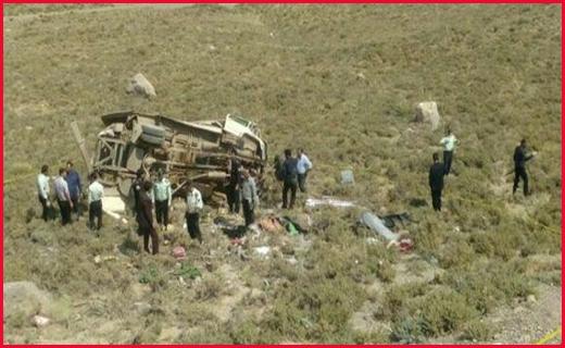 سرنوشت خانوادههای سیل زده در لرستان چه شد؟ /آخرین جزییات از سقوط مینی بوس در دره