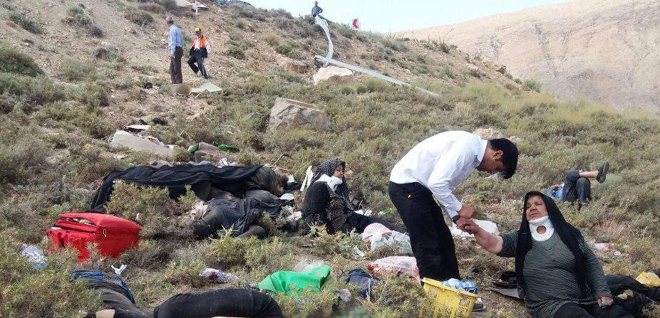 آخرین جزییات از سقوط مینی بوس در خوانسار/ ۲۲ نفر کشته و زخمی شدند/ علت حادثه مشخص شد