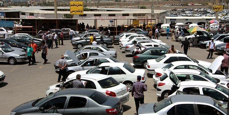 قیمت خودروهای داخلی و خارجی سراشیبی شد