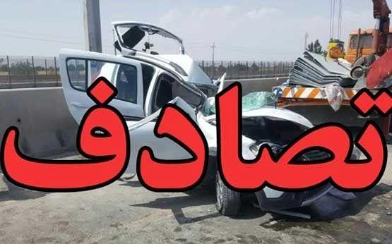 برخورد یک دستگاه پژوه ۴۰۵ با یک دستگاه کشنده در اتوبان زنجان –قزوین