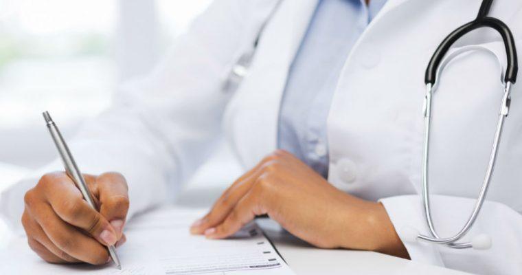 تعارض منافع پزشکان مانع افزایش ظرفیت پذیرش در رشته های پزشکی
