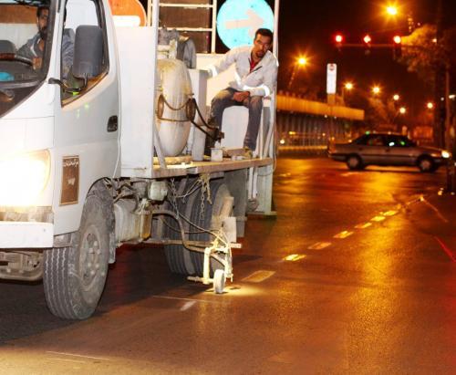 اجرای ۱۲ هزار متر طول خط کشی محوری در خیابانهای پیرامون حرم مطهررضوی