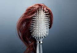 ۷ نسخه خانگی که قاتل ریزش موی شماست!