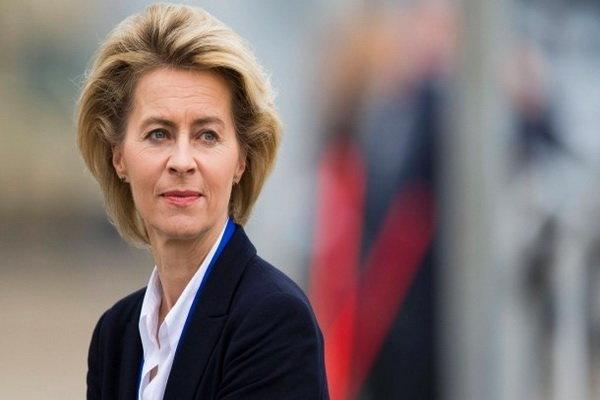 مادر ۷ فرزند، پزشک، وزیر دفاع و حالا رئیس کمیسیون اروپا