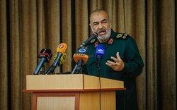 راهبرد دفاعی ما در صورت خطای دشمنان، به راهبرد تهاجمی تغییر میکند / جمهوری اسلامی به عنوان یک قدرت مستقل بر خلیج فارس اشراف کامل دارد
