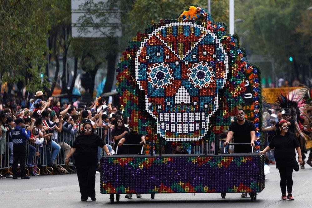 جشن عجیب و غریب مُردگان/ از آئینهای مازندرانی تا جشنهای آمریکایی