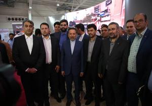 بازدید محمود واعظی از نخستین نمایشگاه فرصتهای ساخت داخل