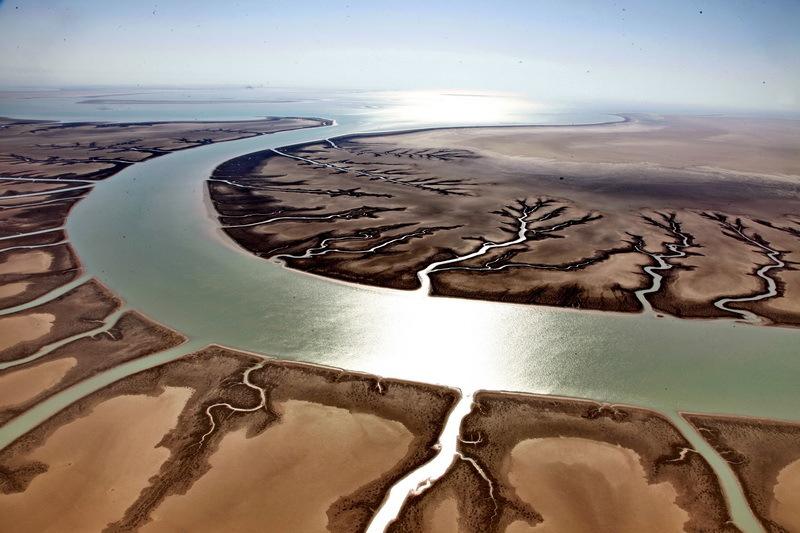 انتقاد کارشناسان به انتقال آب از رودخانه کارون به سایر استانها/ انتقال آب از کارون تصمیم درستی نیست