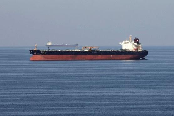 ادعای فاکس نیوز: یک نفتکش هنگکنگی هم به سمت ایران تغییر مسیر داد