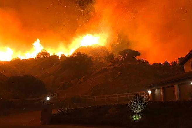 باشگاه خبرنگاران -آتش سوزی در ویسکانسین آمریکا بر اثر گرمای بیش از حد هوا