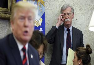 ترامپ برای تایید دروغ خود درباره پهپاد ایرانی دست به دامن جان بولتون شد!