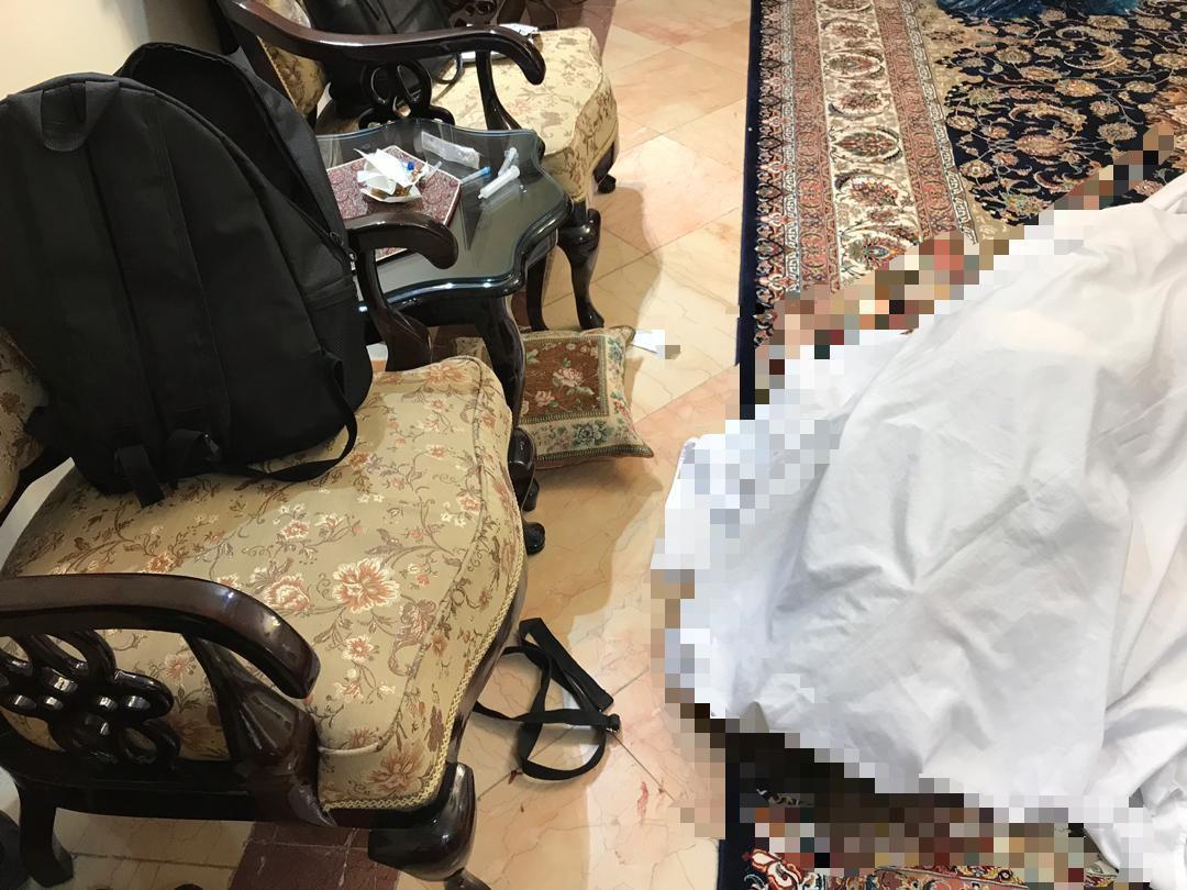 مرد خشن با بند کیف همسرش را خفه کرد+ عکس