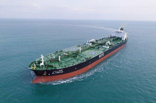 عملیات داکینگ نفتکش غول پیکر ۳۲۰هزار تنی با موفقیت انجام شد
