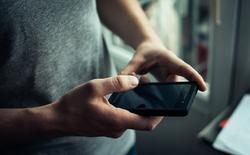 تلفن همراه کثیفتر از سرویس بهداشتی +روش پاک کردن گوشی از میکروبها