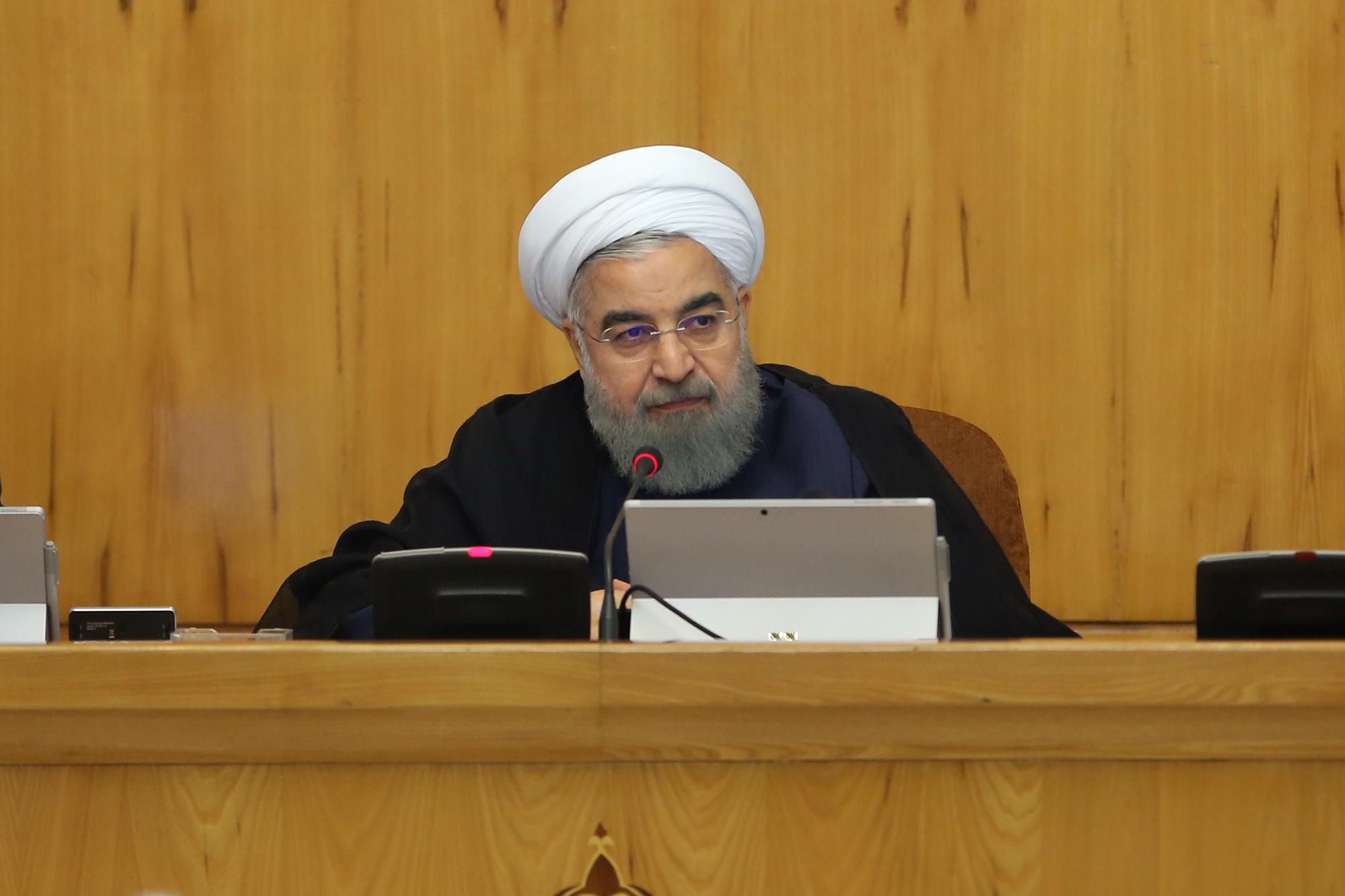 خبرنگار: سیدی/ قاسمی/چرا رئیس جمهور در جلسات مجمع تشخیص شرکت نمیکند؟