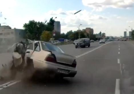 تصادف شاخ به شاخ وحشتناک، عاقبت مصرف مواد مخدر قبل از رانندگی + فیلم