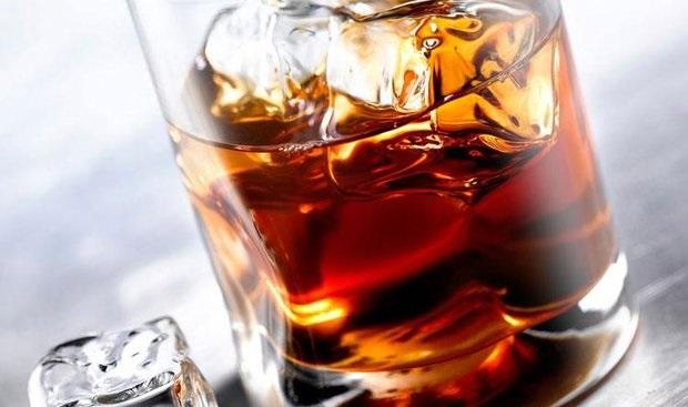 نوشیدنی که زود پیرتان میکند