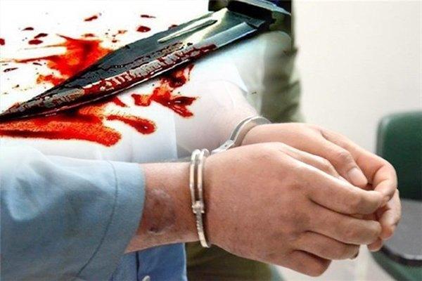 قتل هولناک زن ۶۱ ساله با چاقو / مردی سالخورده سر همسرش را  به طرز  فجیعی برید!