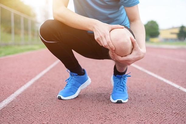 اگر زانو درد دارید این ورزش ها را انجام دهید