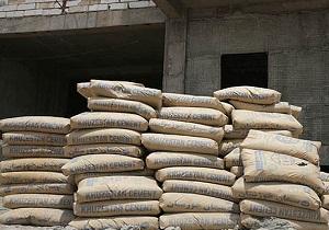 توزیع ۳۲۸۸۰ کیسه سیمان رایگان بین خسارت دیدگان ناشی از سیل