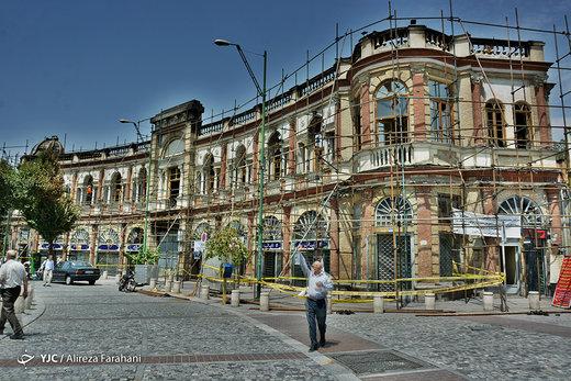 آیا از مالکان مغازه های آسیب دیده میدان حسن آباد هزینه بازسازی اخذ می شود؟