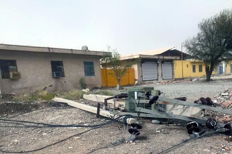 خسارت ۱۵ میلیارد ریالی توفان به تاسیسات برق ایرانشهر/توفان بیسابقه با سرعت ۱۵۸ کیلومتر بر ساعت ایرانشهر را درنوردید