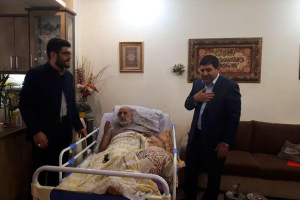 عیادت رئیس ستاد اجرایی فرمان امام (ره) از جمال شورجه + عکس