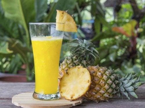 نوشیدنیهایی که چربیهای شکمتان را نیست و نابود میکند +۴ فرمول طبیعی برای کاهش سایز کمر
