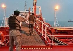 عاقبت بازی با اقتدار دریایی ایران/ ناگفته های فرمانده نیروی دریایی ارتش از علت توقیف نفتکش انگلیسی + فیلم