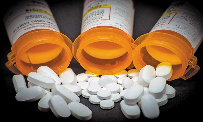 مضرات داروهای مخدر از یبوست تا افسردگی