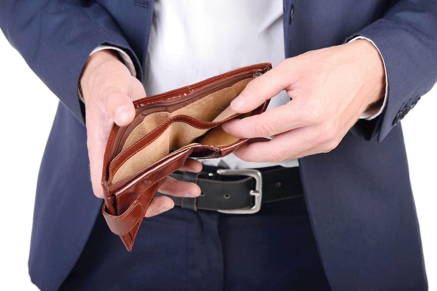 تمام اتفاقاتی که سبب میشود جیبها و کارتهای بانکیمان خالی شود/چگونه چرخه خرید احساسی را بشکنیم؟