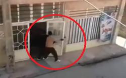 لحظه شلیک مرگبار مرد مشهدی با وینچستر به همسایه میانسال +فیلم