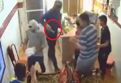 حمله سارقان چاقوکش به یک گیمنت در اهواز +فیلم