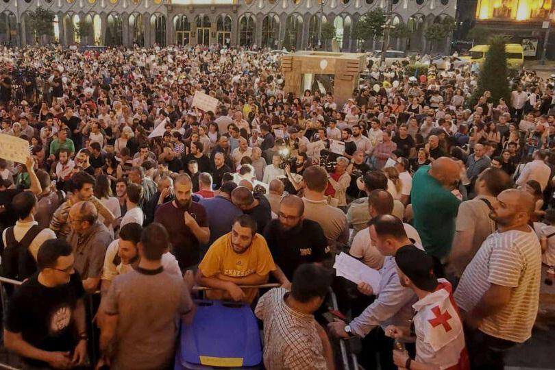 تظاهرات در گرجستان وارد ششمین روز خود شد