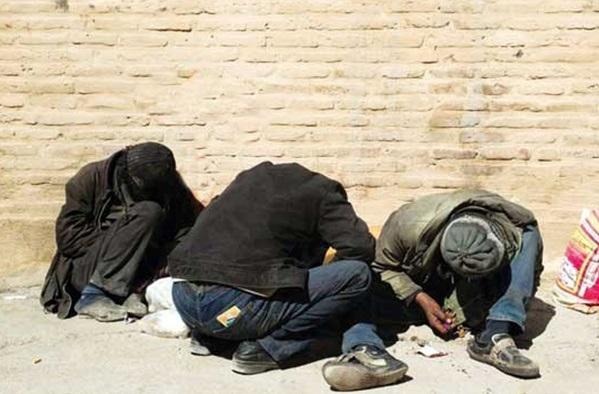 کلاف سردرگم درمان معتادان ایدزی و هپاتیتی/ وقتی کف خیابان تنها پناهگاه بی پناهان میشود