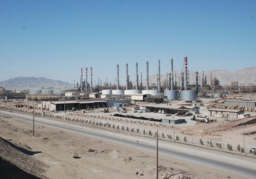 خودکفایی در تولید بنزین و تبلور اقتصاد مقاومتی در پالایشگاه ستاره خلیجفارس