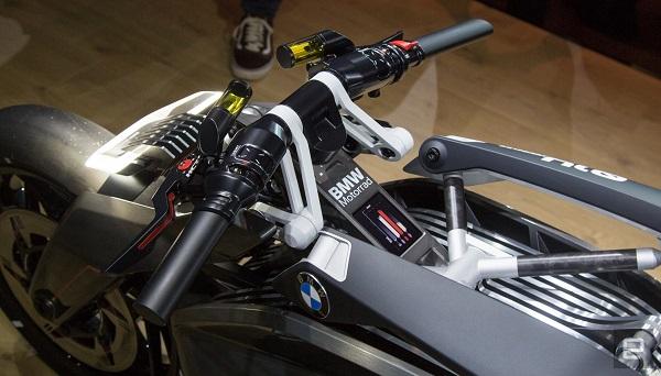 موتور سیکلت الکتریکی DC Roadster، توصیفی از آینده محصولات الکتریکی بیامو +تصاویر