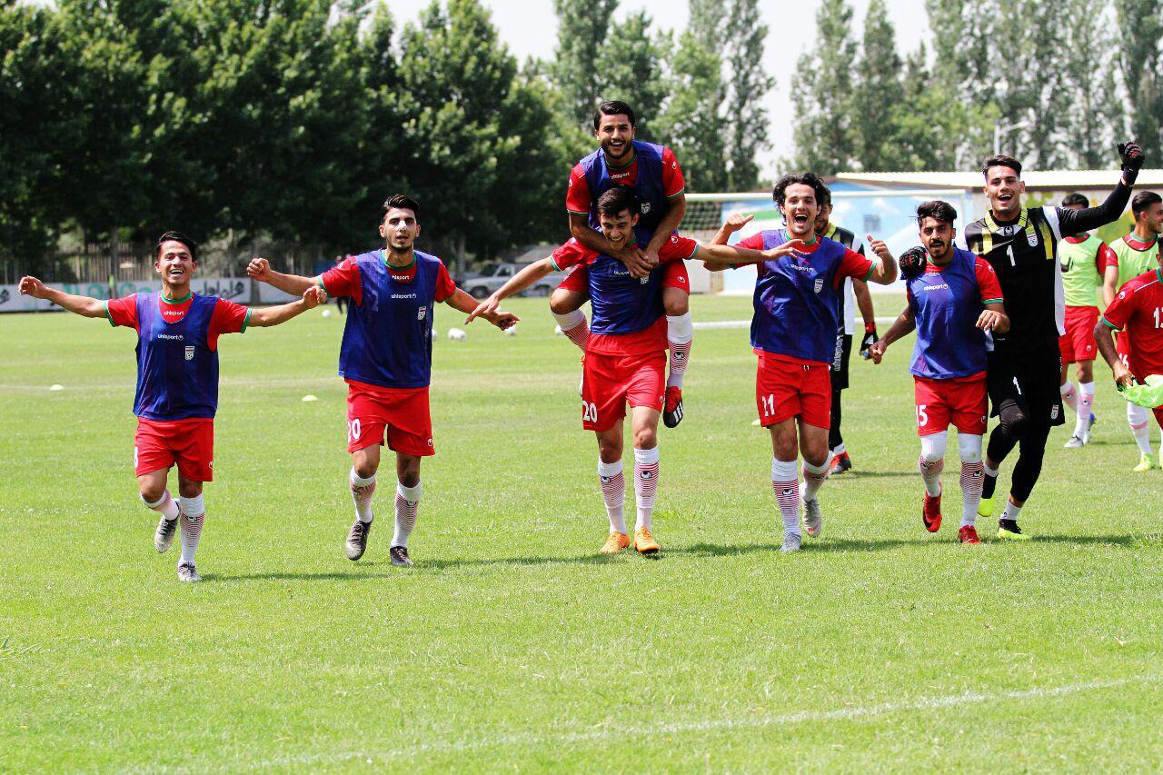 زمان دیدار دوستانه تیمهای ملی فوتبال بزرگسالان و امید ایران مشخص شد