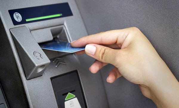 کارتهای بانکی سلامت شما را به خطر میاندازند