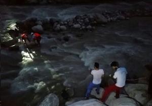 غرق شدن مسافر تهرانی در رودخانه دو هزار تنکابن