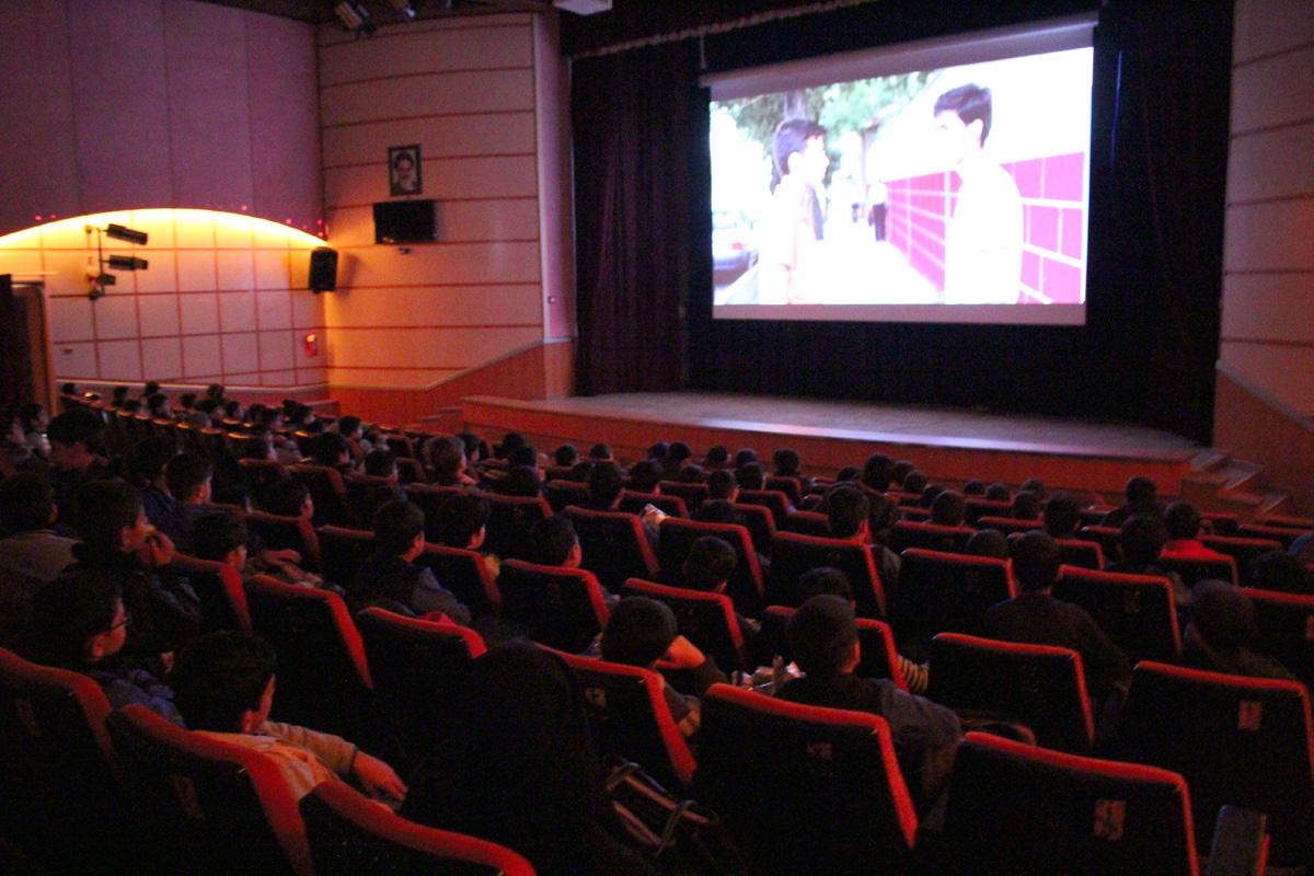 فیلمهای سینمایی روی پرده چقدر فروختند؟ /فروش ۸ میلیاردی «شبی که ماه کامل شد»