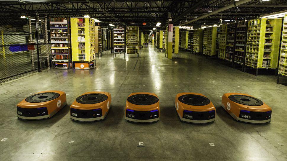 عجیب ترین ربات هایی که تا به حال اسمشان را هم نشنیدهاید/ از رباتی که با وسایل خانه صحبت میکنند تا وسیلهای هوشمند که دست راست انسانها میشود