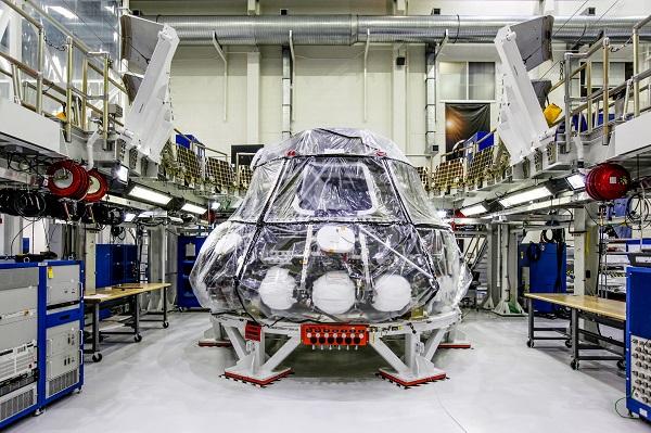 ناسا به دنبال مهیا سازی شرایط سفر انسان به ماه