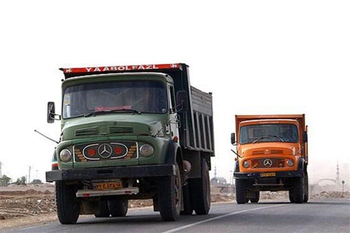 وسایل نقلیه سنگین چه ساعاتی مجاز به تردد در معابر شهری هستند؟