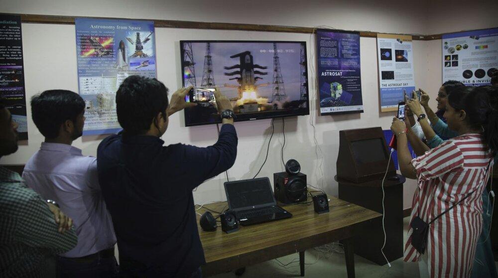فضاپیمای هندی بالاخره به ماه رفت