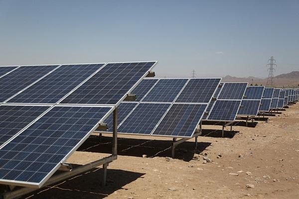 فرصتی ایدهآل در صنعت برق؛ نیروگاه خورشیدی گامی در مسیر توسعه سبز انرژی