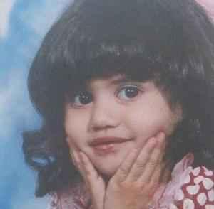 عکسی کمتر دیدهشده از دوران کودکی الناز شاکردوست