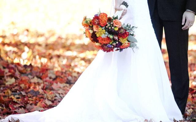 یک شب عروسی، هزار شب بدهی/  تایِ تجملات یا سینِ سادگی؟
