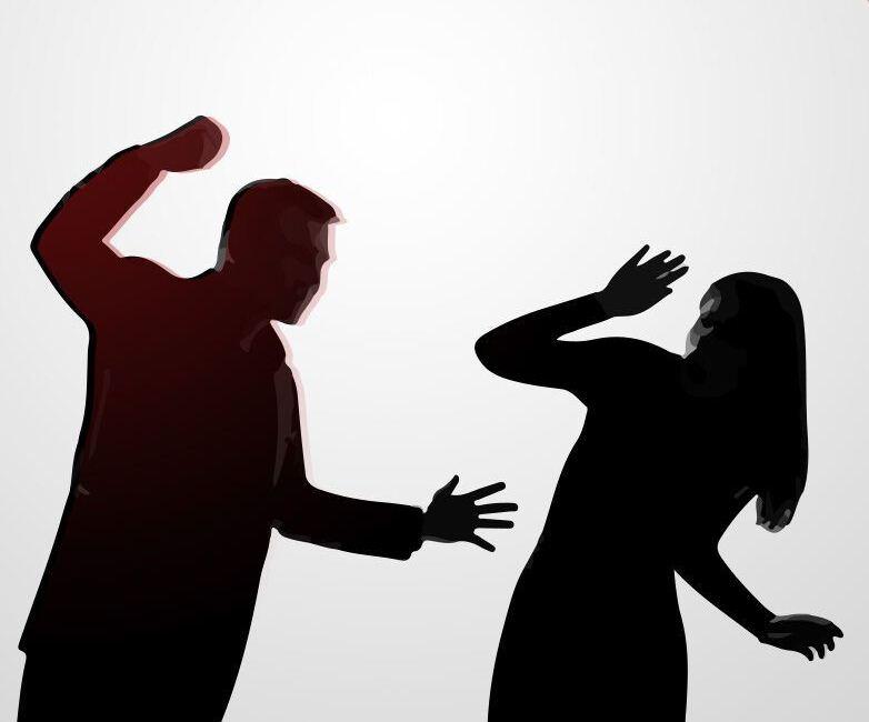 تاکید بر لزوم همگرایی سازمانهای دولتی و موسسات خیریه برای کاستن از آمار زنان آسیب دیده